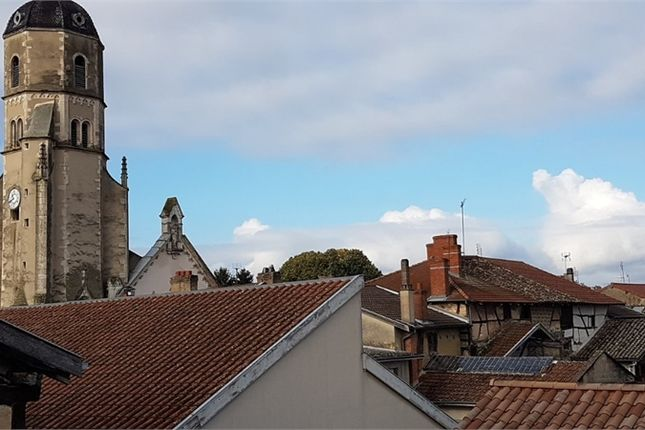 2 bed property for sale in Rhône-Alpes, Ain, Replonges