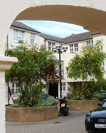 Thumbnail Town house to rent in Russell Mews, Brighton