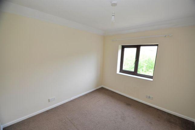 Bedroom 1 of Holne Court, Kinnerton Way, Exeter EX4