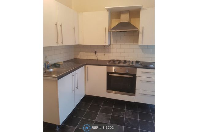 Studio to rent in Wellington Road, Bilston WV14