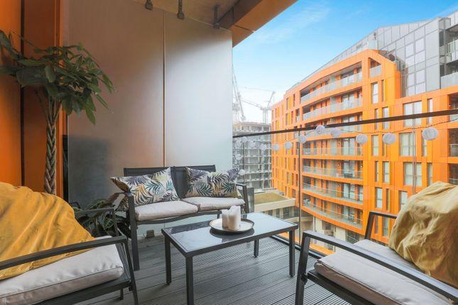 Balcony of 5 Cable Walk, London SE10