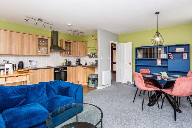 2 bed flat for sale in Hamblin Court, Rushden NN10