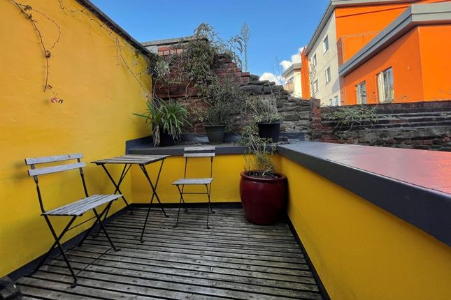 Thumbnail Flat to rent in Midland Road, St. Philips, Bristol