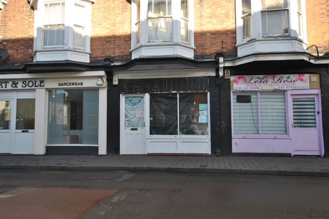 Retail premises to let in Victoria Road, Netherfield, Nottingham, Nottinghamshire
