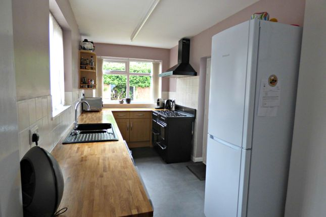 Kitchen of St Georges Avenue, St Helens WA10