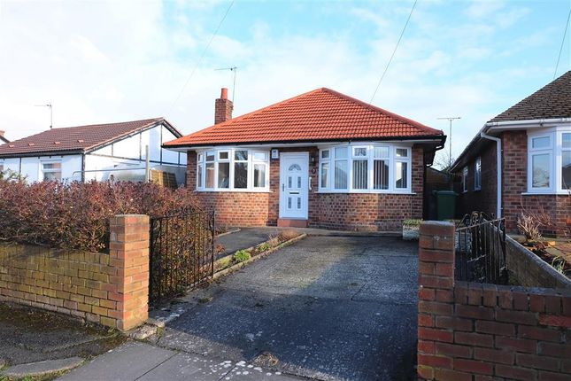 Thumbnail Bungalow to rent in Lomond Grove, Moreton, Wirral