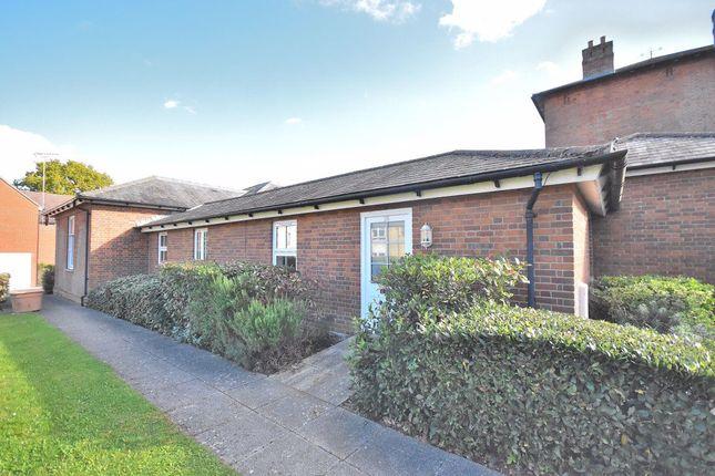 1 bed bungalow to rent in Nightingales, Bishop's Stortford CM23