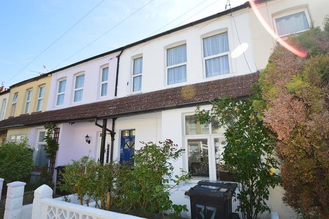1 bed flat to rent in Chandler Road, Bexhill On Sea, East Sussex TN39