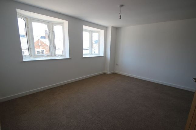 Thumbnail Flat for sale in Apartment 3, Stratford Court, Stratford Upon Avon