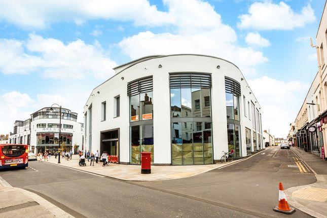 2 bed flat to rent in Bennington Street, Cheltenham GL50