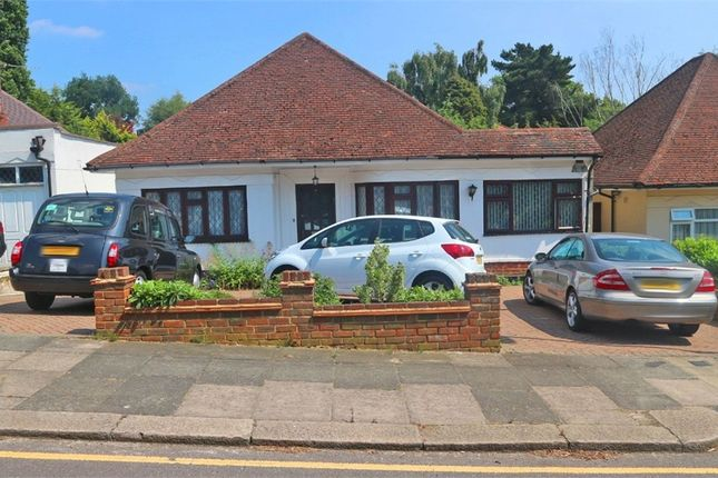 Thumbnail Detached bungalow for sale in Oak Avenue, Enfield, Greater London