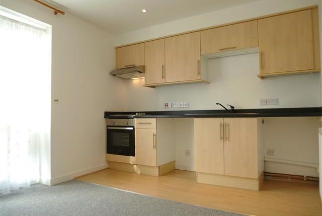 1 bed flat to rent in Silver Street, Taunton TA1
