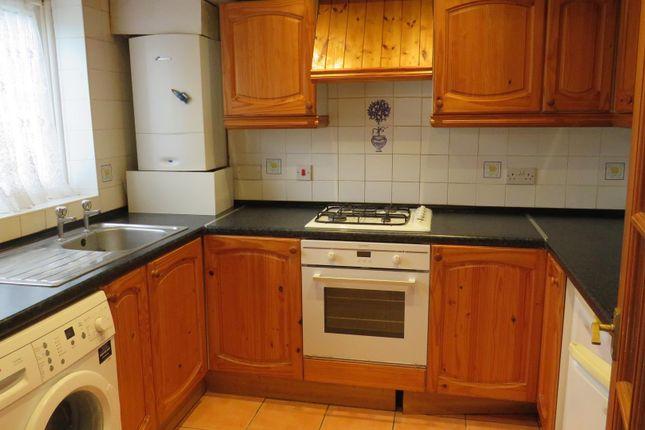 Thumbnail Flat to rent in Cuffley Court, Hemel Hempstead