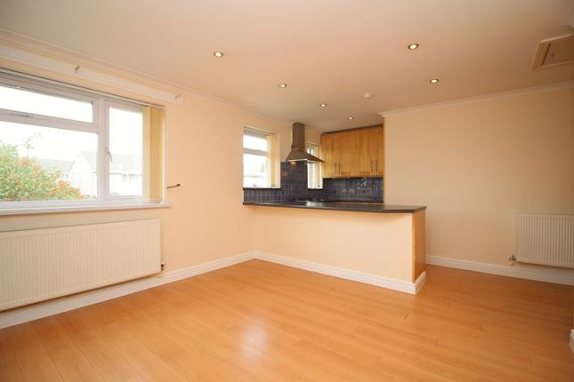 Thumbnail Flat for sale in Cynan Close, Beddau, Pontypridd