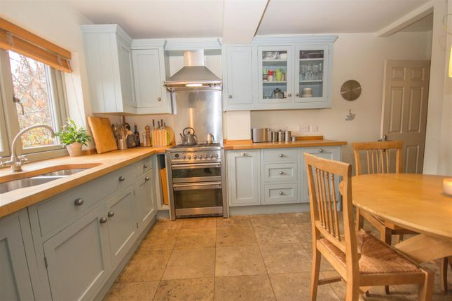 4 bed detached house for sale in Church Street, Quainton, Aylesbury