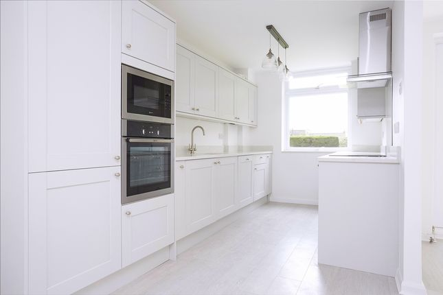 2 bed flat for sale in Queens Road, Kingston Upon Thames