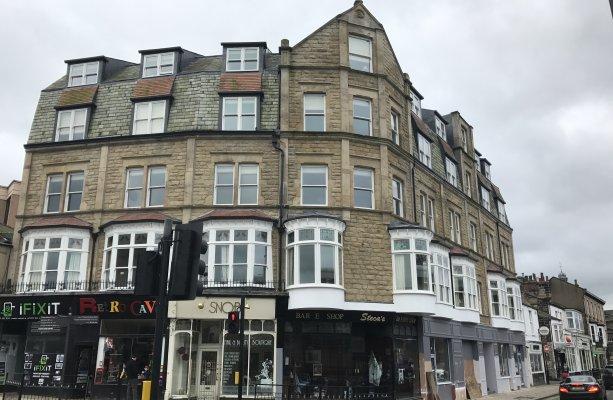 Thumbnail Flat to rent in Kings Road, Harrogate