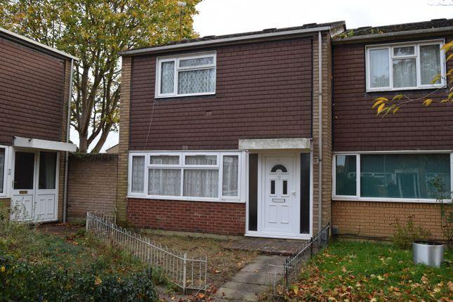 Thumbnail Terraced house to rent in Carmarthen Close, Farnborough