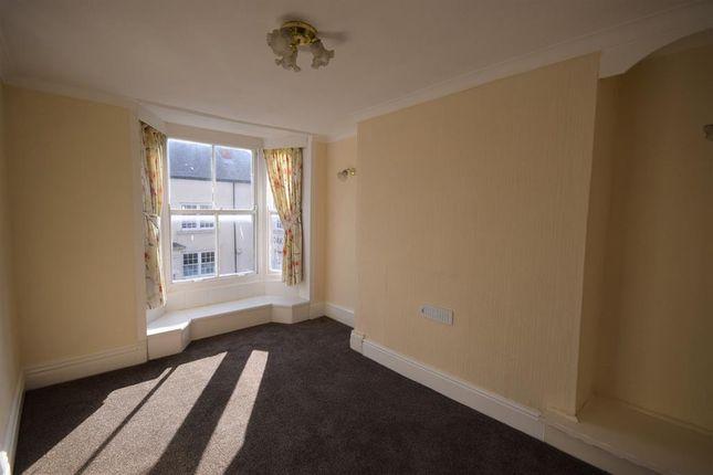 Thumbnail Maisonette to rent in High Street, Bridlington