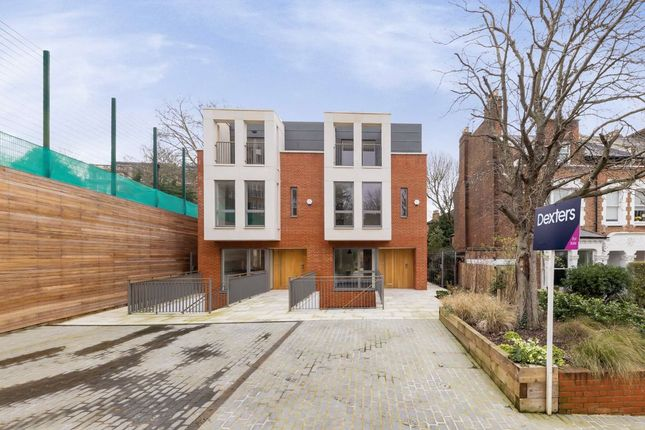 Thumbnail Property for sale in Winchester Place, London