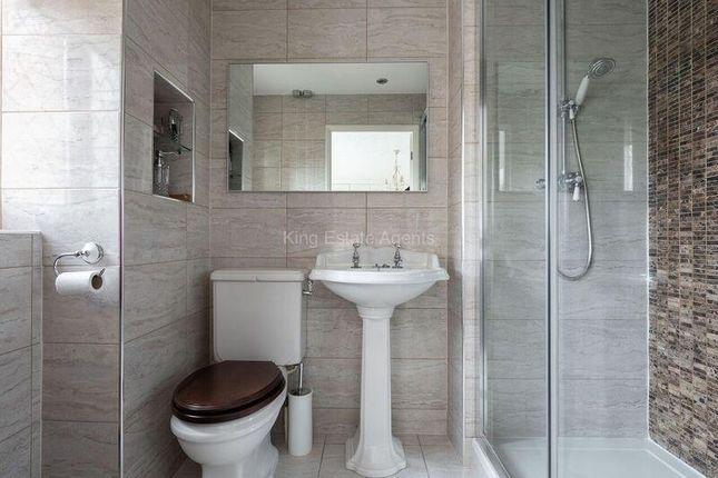 En Suite of Payne Road, Wootton, Bedford MK43