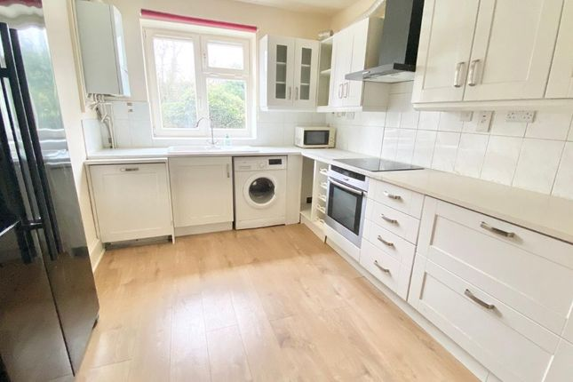 3 bed flat for sale in Broadhurst Gardens, South Hamsptead, Finchley Road, London NW6