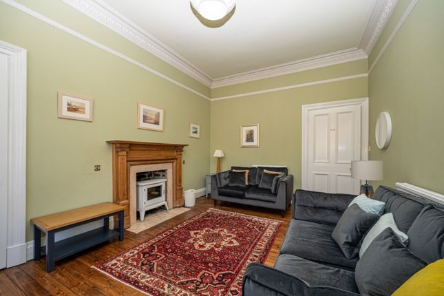 3 bed flat to rent in Spottiswoode Street, Marchmont, Edinburgh EH9
