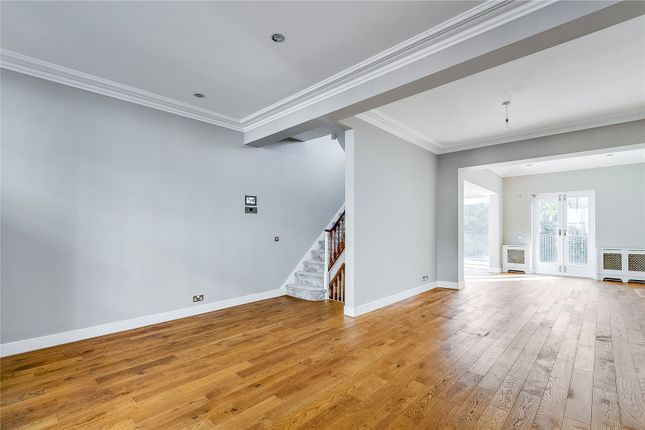 Thumbnail Terraced house to rent in Chester Row, Chelsea, London