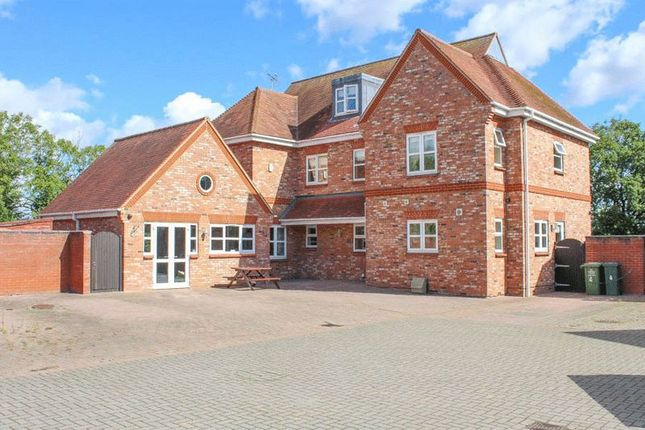 Thumbnail Detached house for sale in Station Road, Wickford