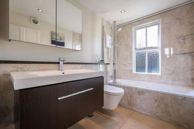 Bathroom of Tomlins Grove, London E3