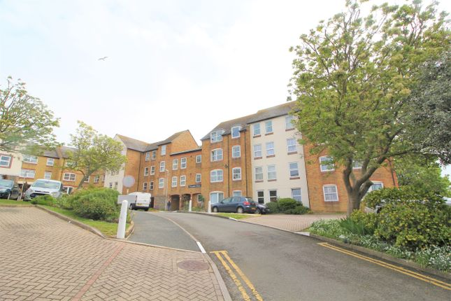 1 bed flat to rent in Cobbs Place, Margate CT9