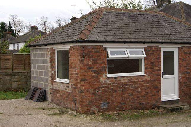 Commercial property to let in Dale Road North, Darley Dale, Derbyshire