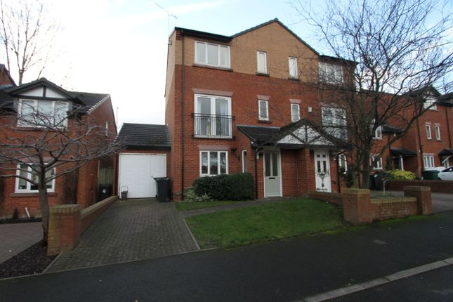 Thumbnail Town house to rent in Chesterton Court, Chester, Cheshire