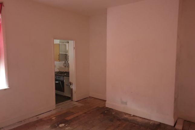 53 Russell Street , Jarrow, Tyne And Wear, Ne32 2Aw  (24)