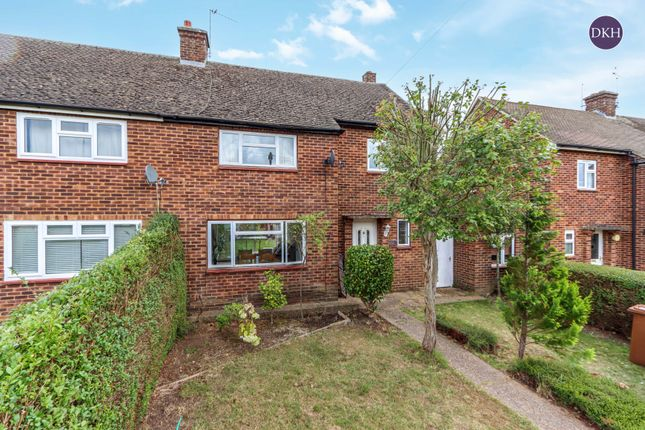 Thumbnail Semi-detached house to rent in Whitfield Way, Mill End, Rickmansworth