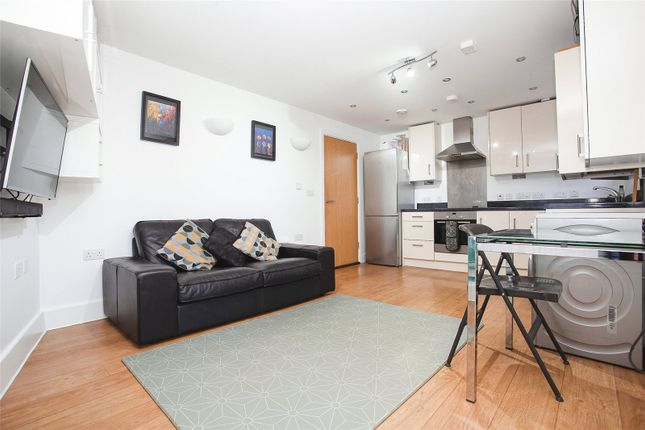 Picture No. 01 of Boniface House, 87 Canterbury Road, Croydon CR0