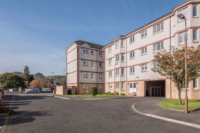 Thumbnail Flat to rent in Furcheons Park, Willowbrae
