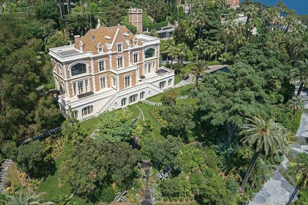 Thumbnail Château for sale in Californie Pezou, Cannes, Provence-Alpes-Cote Dazur
