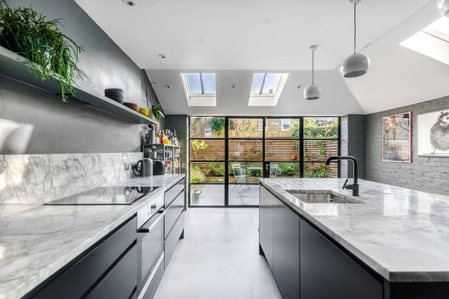 Thumbnail Property to rent in St Aidans Road, East Dulwich