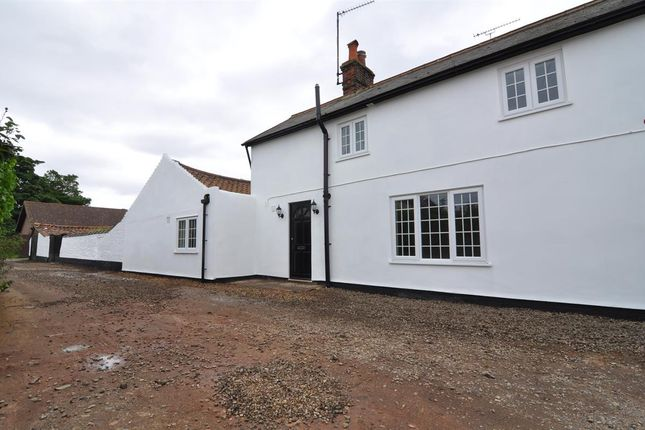 Thumbnail Cottage to rent in Beach Lane, Alderton, Woodbridge