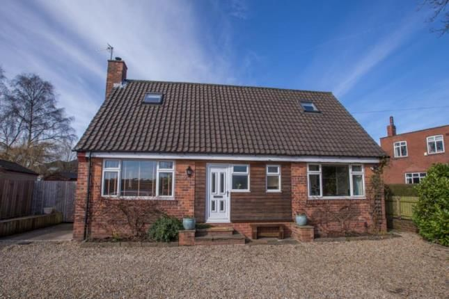 4 bed bungalow for sale in Forest Lane, Harrogate, North Yorkshire
