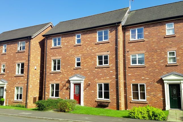 Thumbnail Town house to rent in Sutton Close, Welsh Row, Nantwich