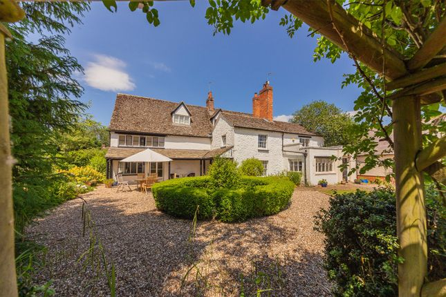 5 bed detached house for sale in Steventon Road, East Hanney, Wantage, Oxfordshire OX12