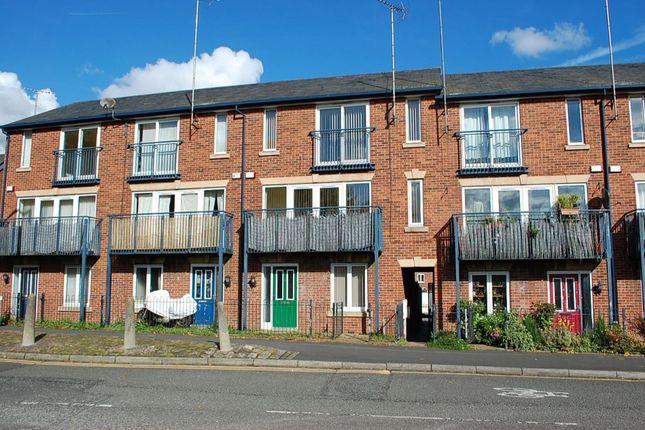 Thumbnail Terraced house to rent in Margaret Street, Ashton-Under-Lyne