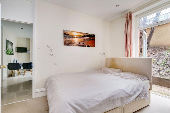 Bedroom of Arundel Mansions, Kelvedon Road, London SW6