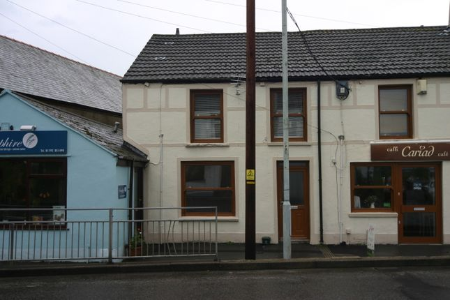 Thumbnail 1 bed flat to rent in Belle Vue, Penclawdd, Swansea
