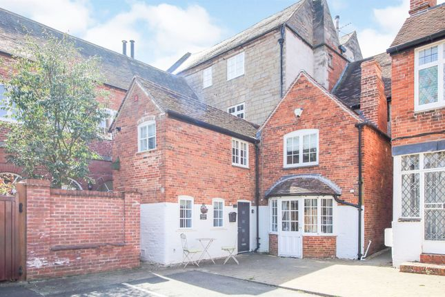 1 bed flat for sale in High Street, Henley-In-Arden B95
