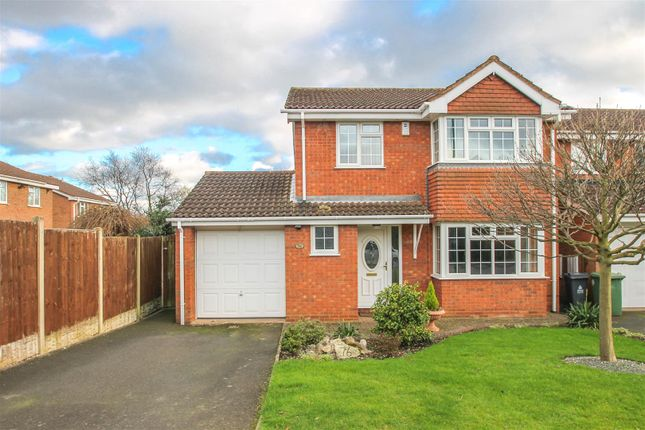 Thumbnail Detached house to rent in The Parkway, Rushall, Walsall