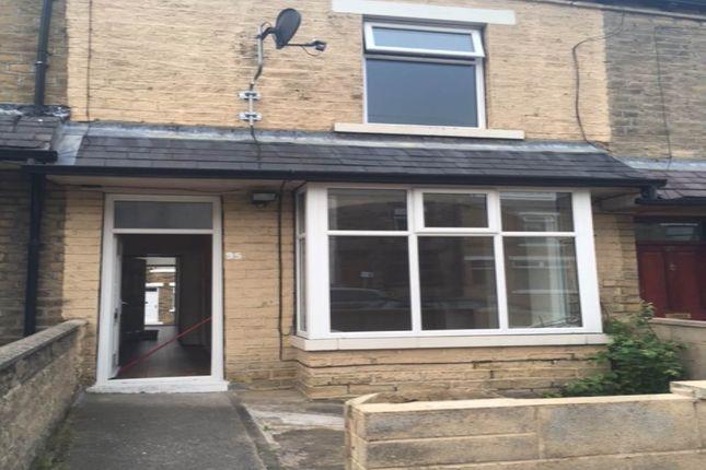 Thumbnail Property to rent in Cumberland Road, Lidget Green, Bradford