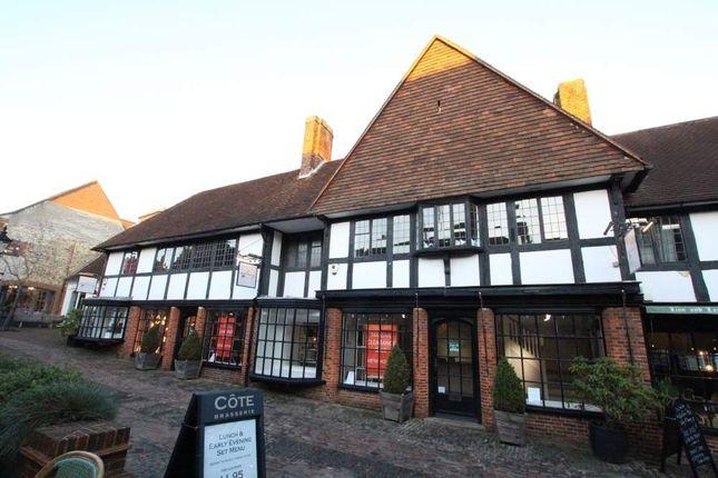 Thumbnail Retail premises to let in 17 Lion & Lamb Yard, Farnham